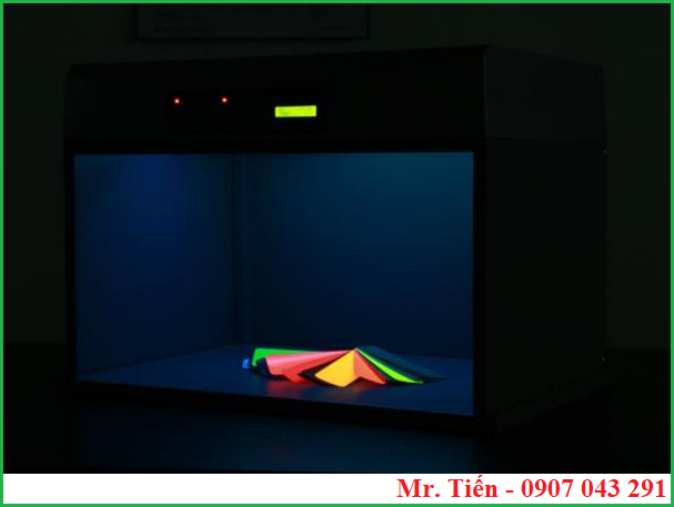 Ánh sáng của tia cực tím UV trong tủ so màu Tilo
