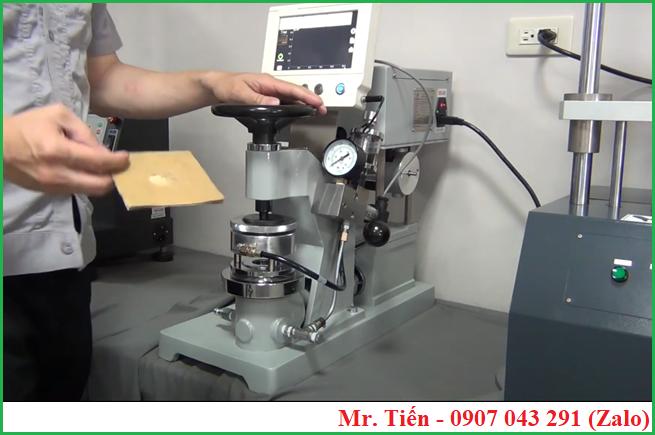 Máy đo độ bục của giấy Carton (Bursting Strenght Tester) QC 116 hãng Cometech