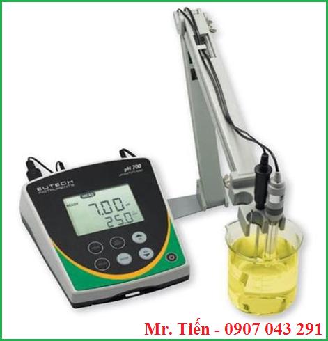 Máy đo pH phòng thí nghiệm pH 700 hãng Eutech
